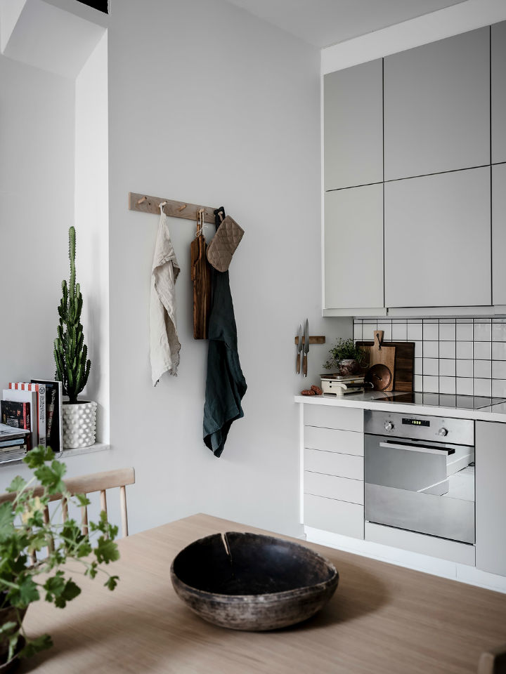 Scandinavian Cozy and Inviting Apartment interior 17