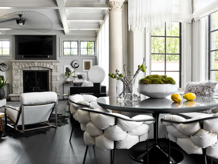 Dramatic Contemporary Interior 24