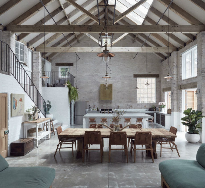 Interiors With Use of Natural Materials