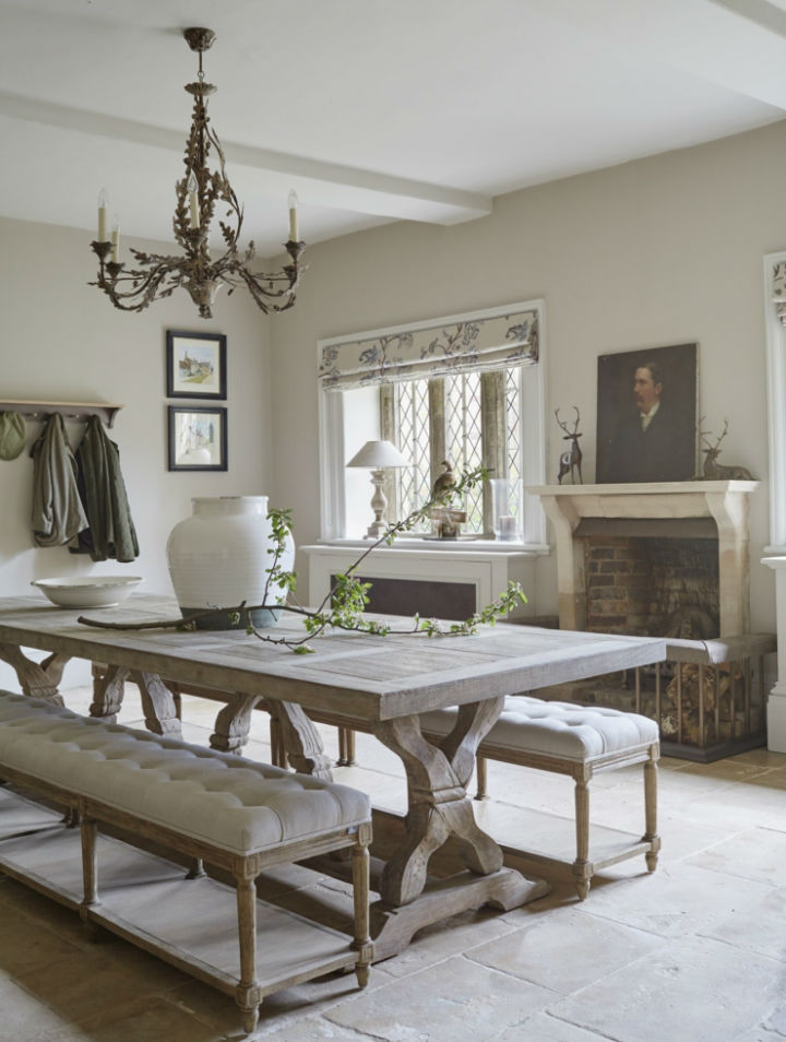 English country interior design idea