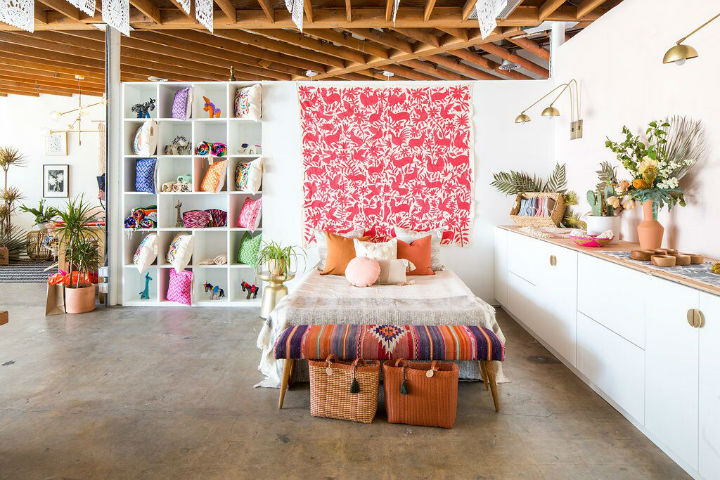 Ultra Stylish Bright Designer Space 12