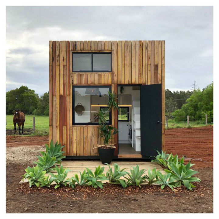 Luxurious Tiny Conventional Home 8
