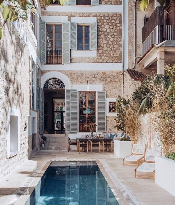 Spectacular Townhouse