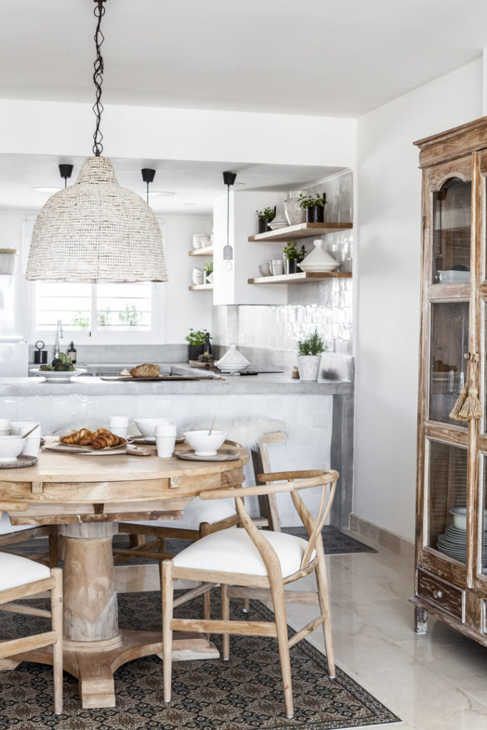 Summer Bohemian Interiors With a Scandinavian Twist 11