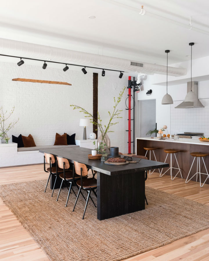 Industrial Cast Iron Soho Loft 4