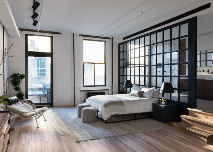 Industrial Cast Iron Soho Loft 6