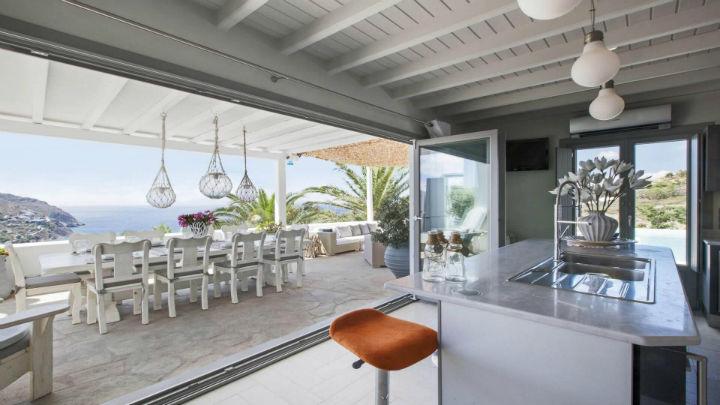 Mykonos luxury villa rentals 19