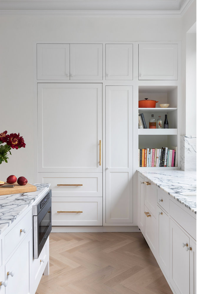 all white kitchen design idea 22