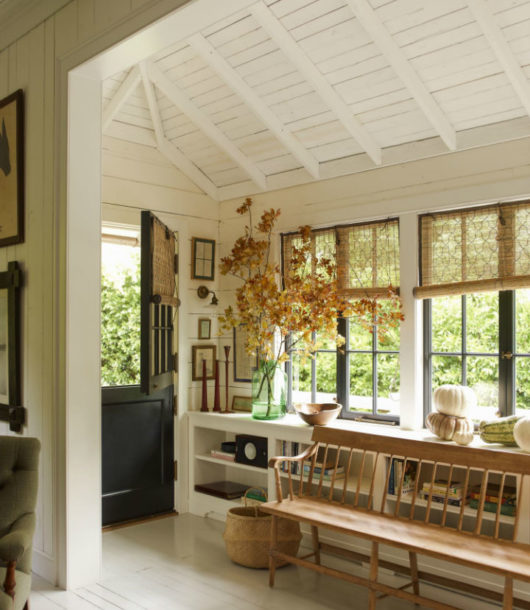 Country House With Traditional Decor