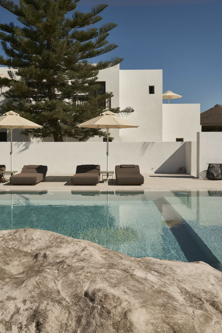 contemporary greek design hotel on Paros 4