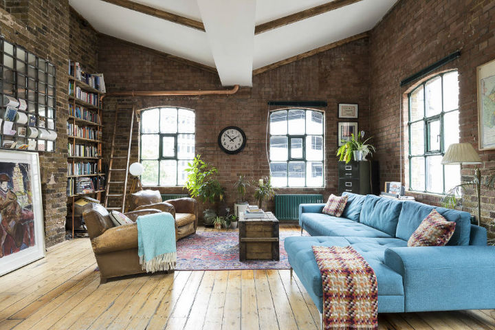 London Warehouse turned into industrial home 14