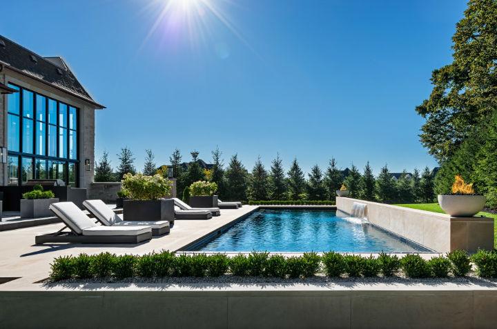 luxury avant garde Canadian home 10