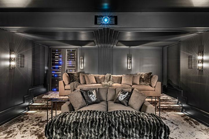 luxury avant garde Canadian home 5