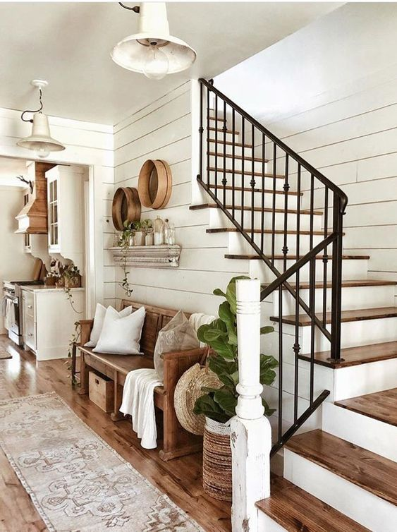 modern farmhouse entryway decorating idea