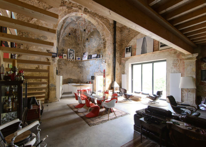 Historic Stone Church Turned Into a Modern Home 14