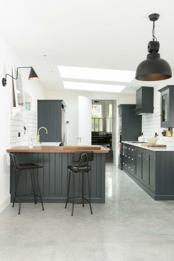 English Shaker Kitchen Design 13