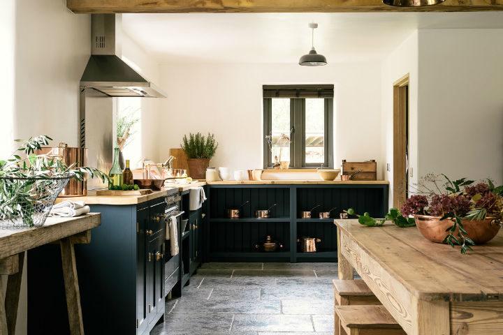 English Shaker Kitchen Design 17