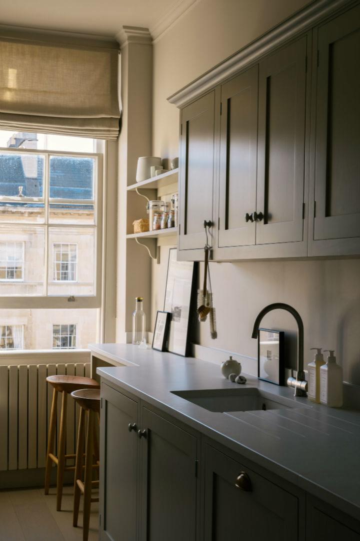 English Shaker Kitchen Design 21