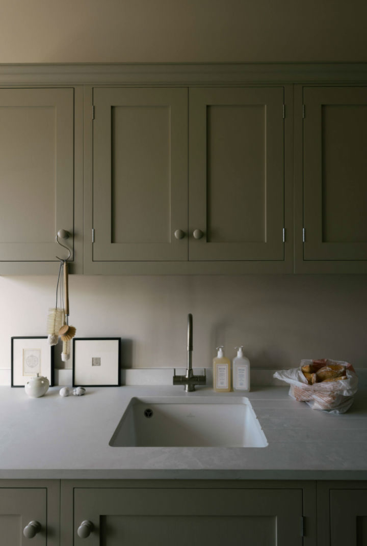 English Shaker Kitchen Design 22