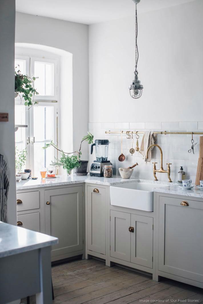 English Shaker Kitchen Design 35