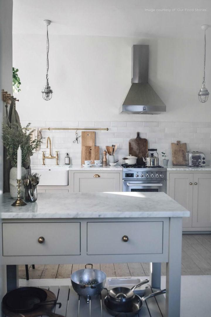 English Shaker Kitchen Design 36