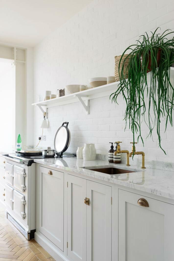 English Shaker Kitchen Design 45
