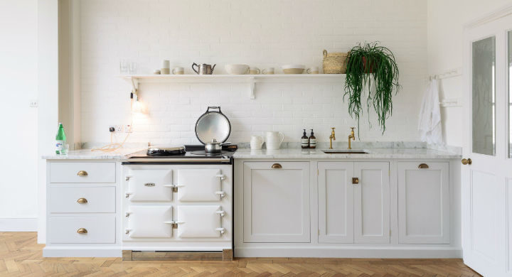 English Shaker Kitchen Design 46