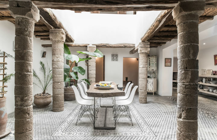 18th-Century Moroccan Chic Riad 4