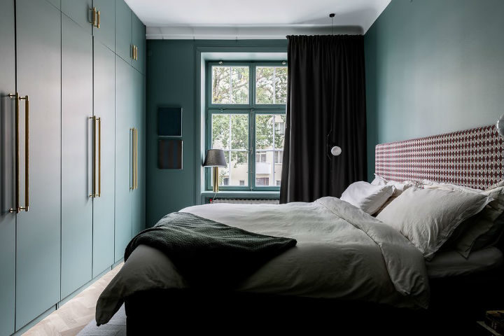 green Scandinavian bedroom design