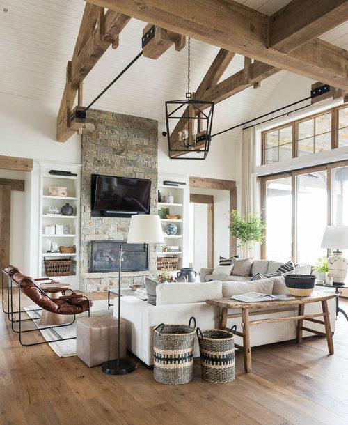 Classic Cozy Mountain Lake House 20