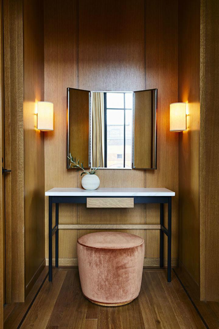 special mirror design and a desk