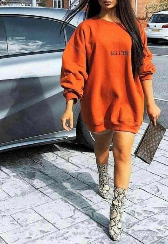 Hoodie - Sweatshirt & Heels 7