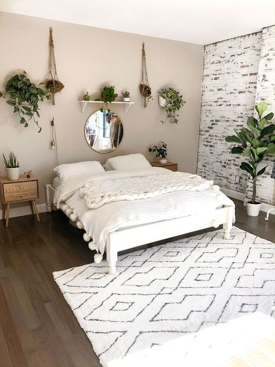 Bohemian pale bedroom wall colors