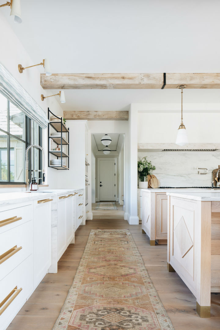 transitional white kitchen design 2