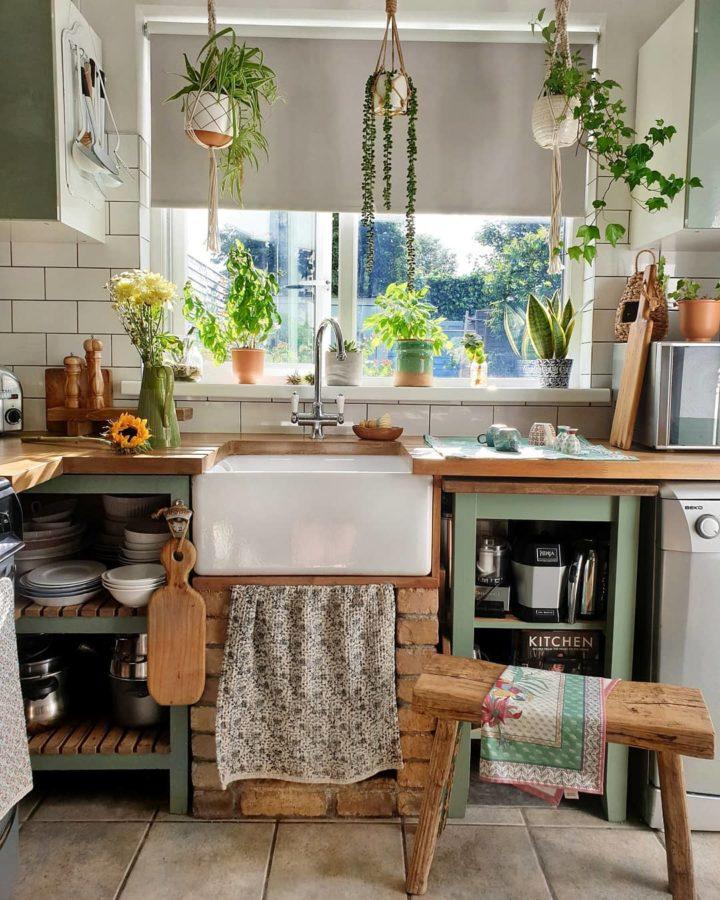 small bohemian country style kitchen design idea