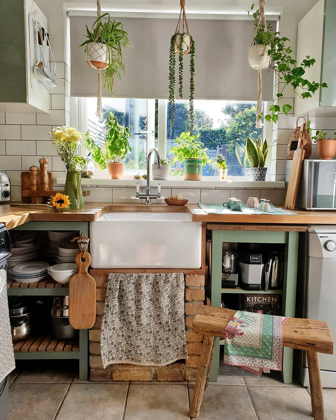 How To Update A Small Kitchen Decoholic
