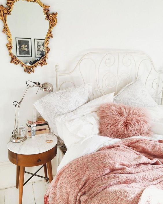 pink and white sheets