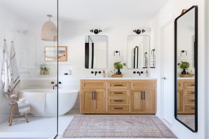 functional interior in bathroom
