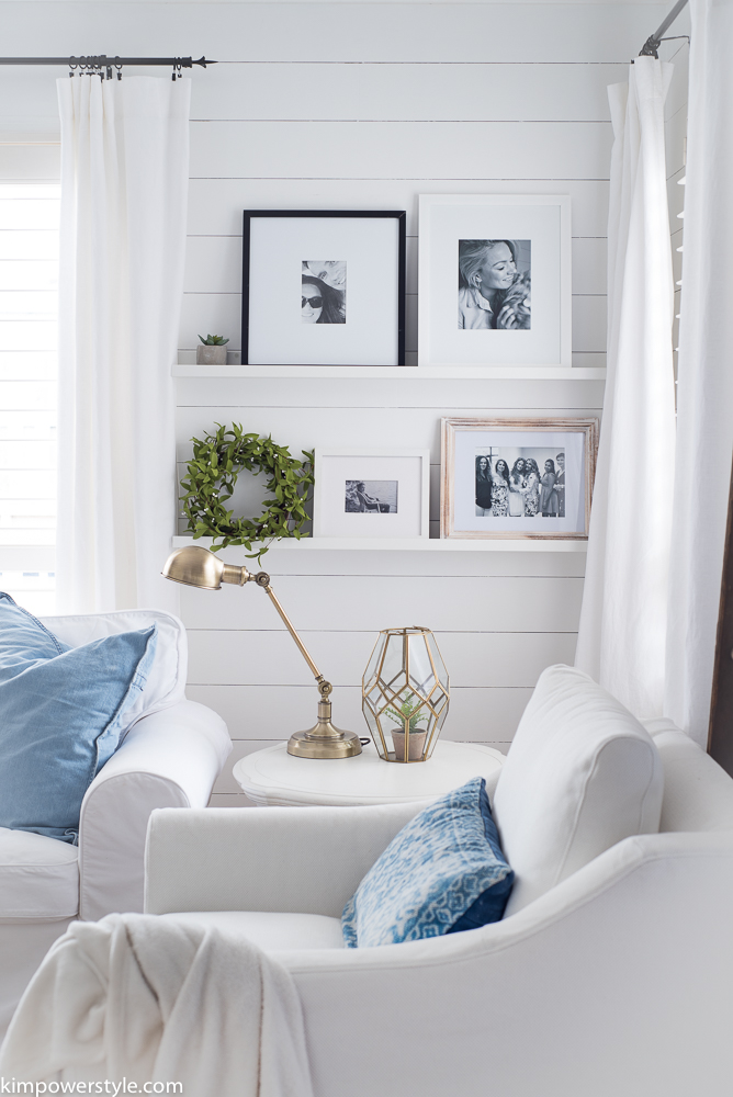 minimal frames in a living room