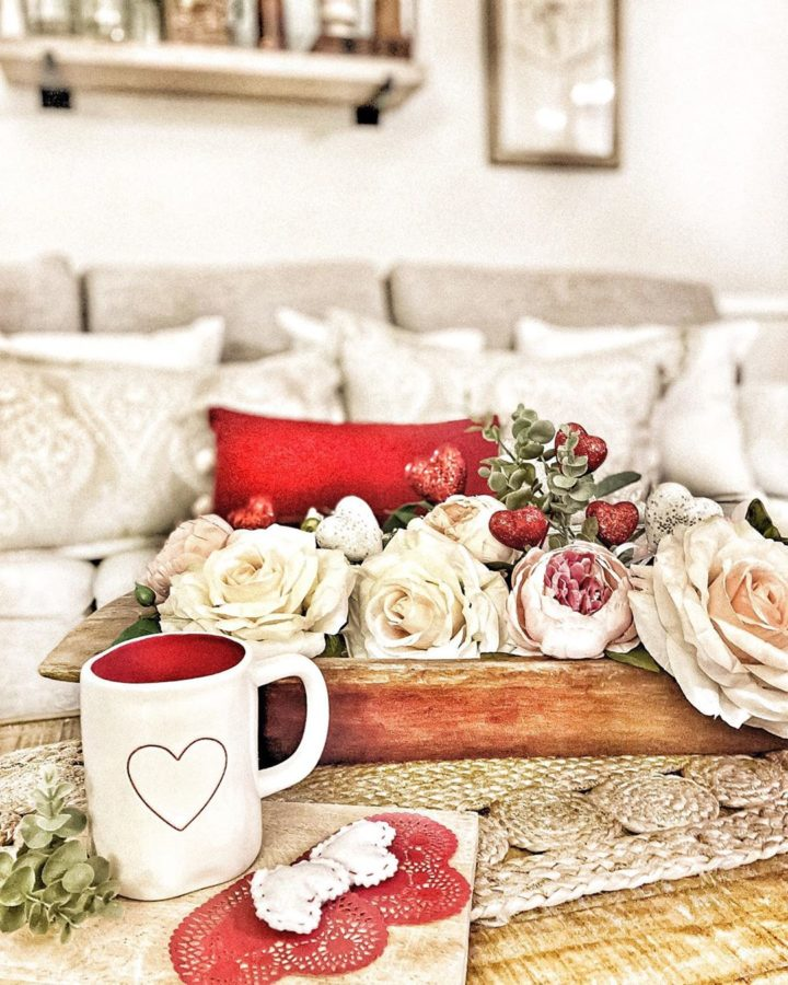 white and red Valentine's Day room ideas