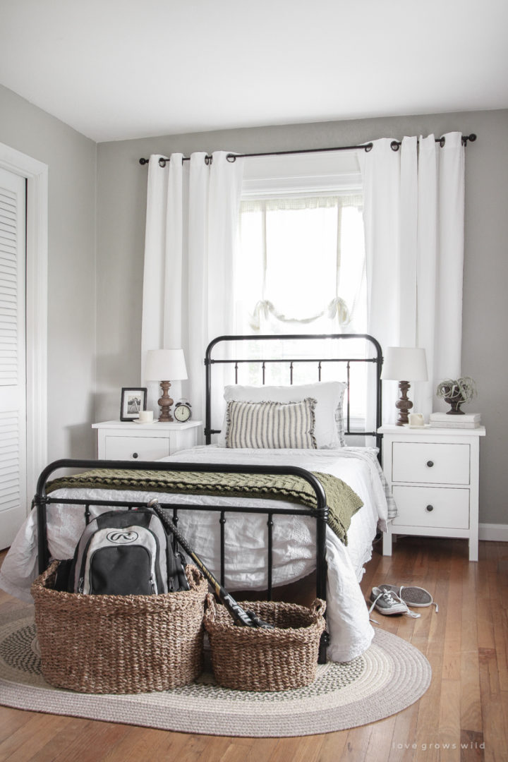 contemporary country bedroom with wicker baskets