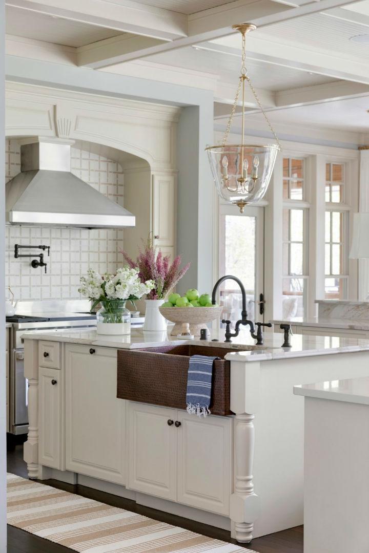 beautiful and inviting kitchen
