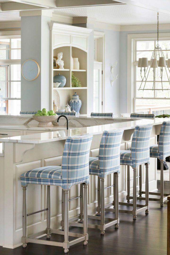 white counter and chairs