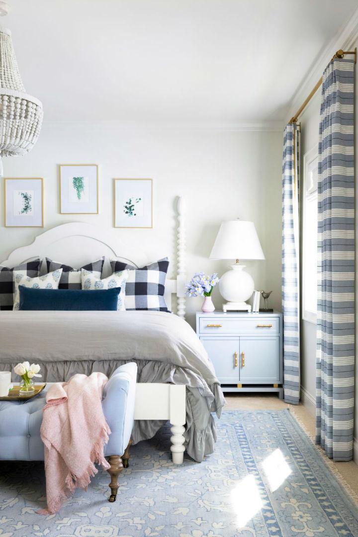 pastel colros in bedroom