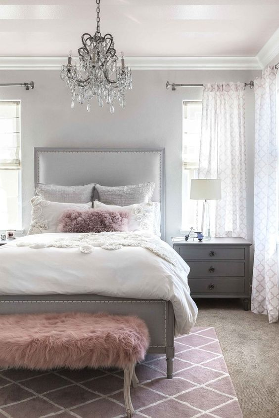 pastel colors in bedroom
