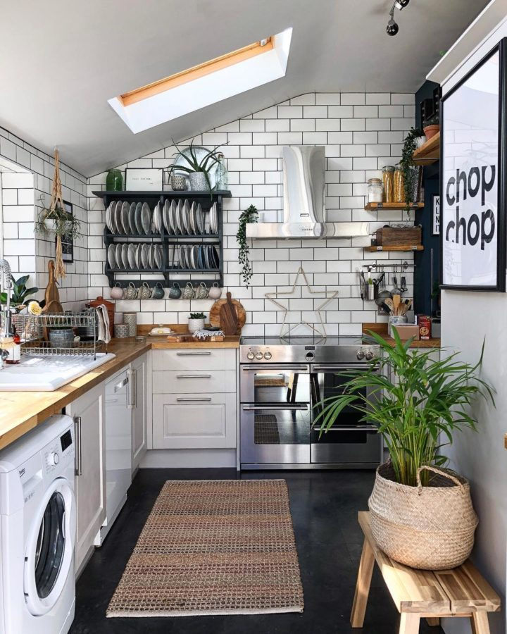 white country kitchen tiles