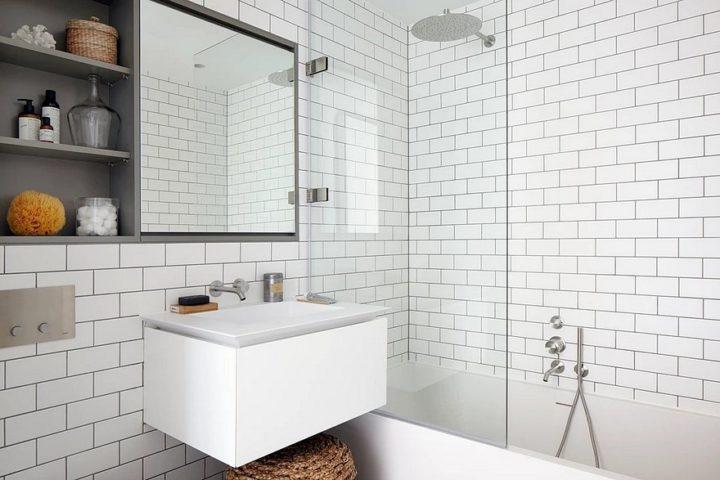 brick tiles in bathroom decor