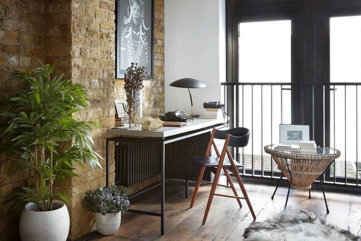 exposed bricks in home decor