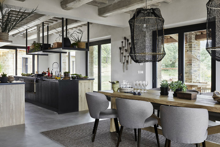 A Dutch Family's Dream Home In Italy 10