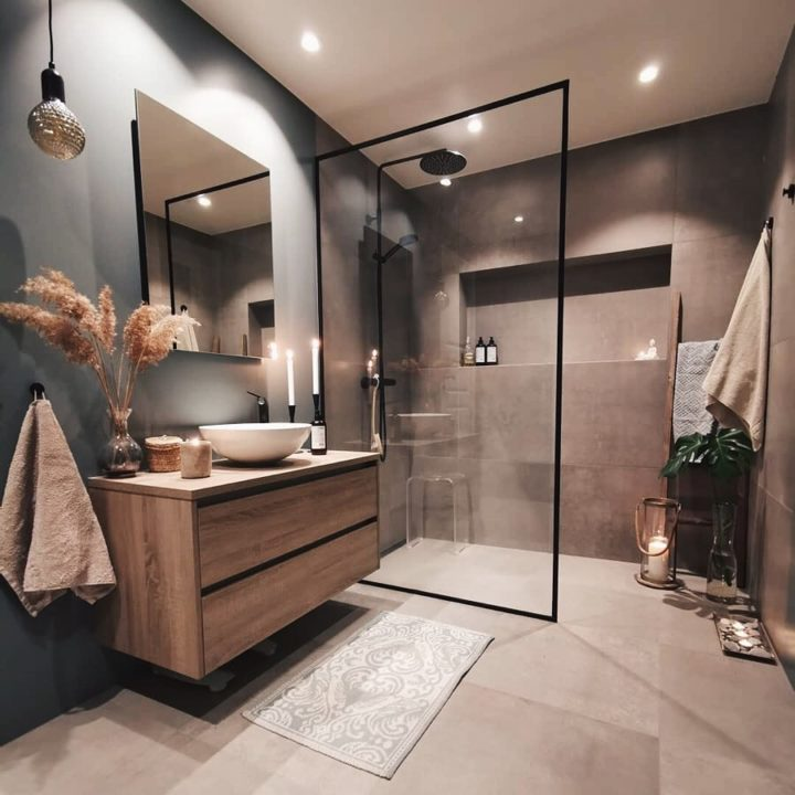 beige with gray bathroom